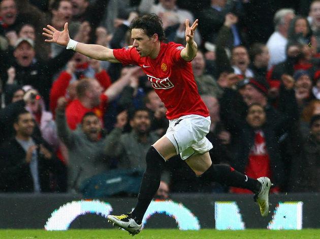 Manchester United's English midfielder O