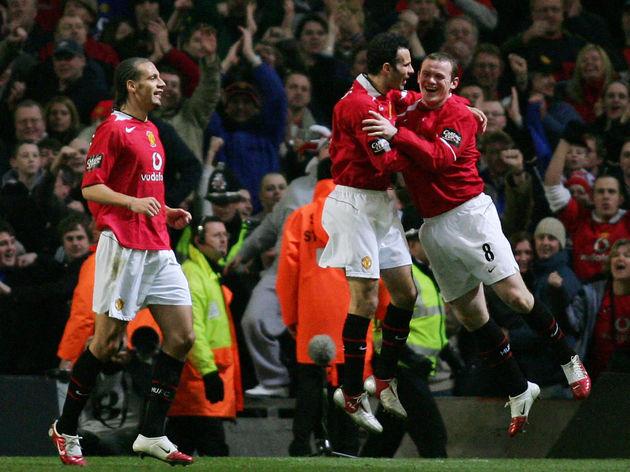Manchester United's Rio Ferdinand (L) an