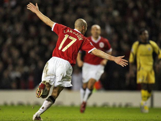 Manchester United's Swedish forward Henr...