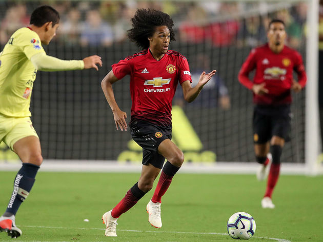Man Utd Confirm Full List of Squad Numbers for 2018 19 Including ... 20f6eb2e4