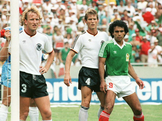 Mexican forward Hugo Sanchez (9), standi