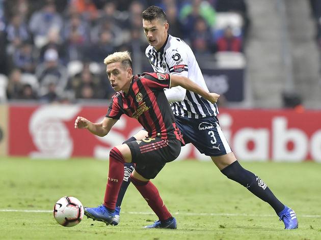 César Montes,Ezequiel Barco