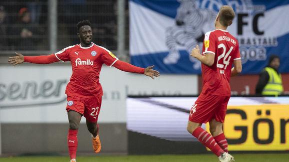 MSV Duisburg v Holstein Kiel - Second Bundesliga