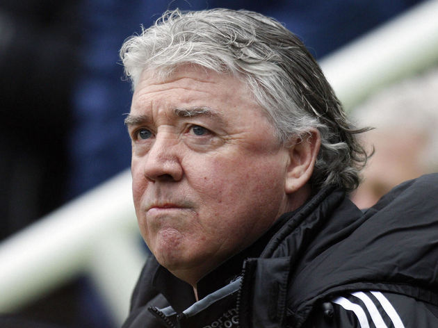 Newcastle United manager Joe Kinnear tak