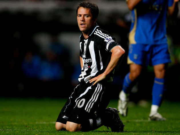 Newcastle United v Portsmouth - Premier League