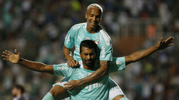 Thiago Santos,Deyverson