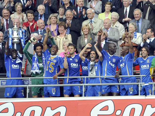 PORTSMOUTH RECIVE CUP