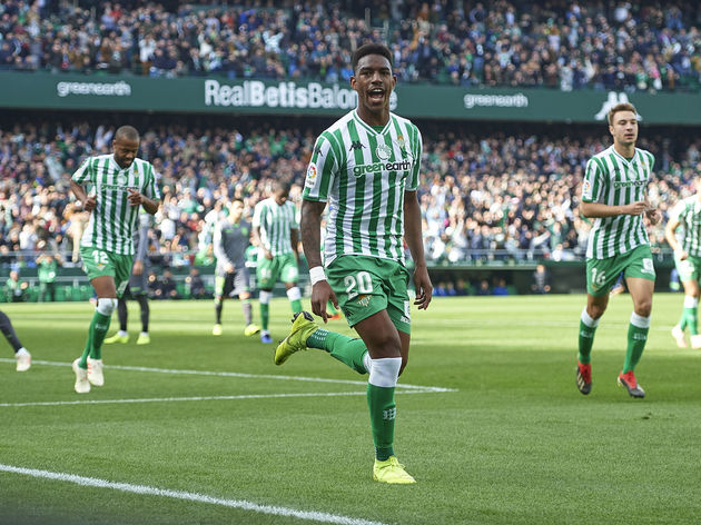 Arsenal & Manchester City Enter Transfer Tug of War for La Liga Star Junior Firpo
