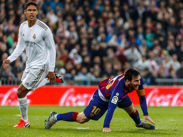 Raphael Varane,Lionel Messi,loosk dejected
