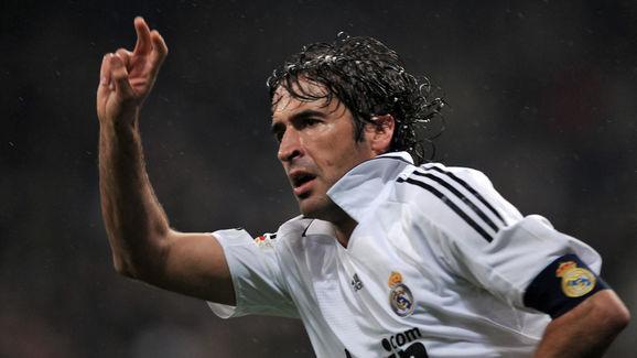 Real Madrid's Spanish forward Raul celeb
