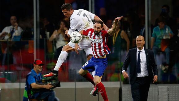 Cristiano Ronaldo,Juanfran,Zinedine Zidane