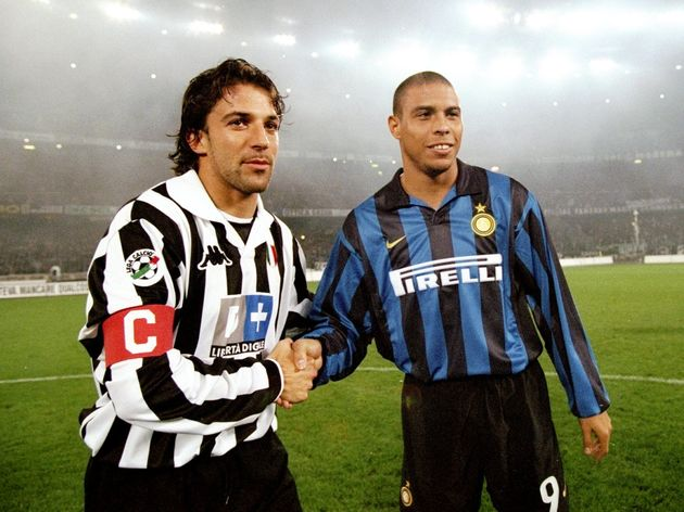 Ronaldo of Inter Milan and Alessandro Del Piero of Juventus