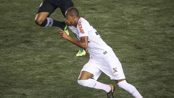 Santos v Gremio - Brasileirao Series A 2017
