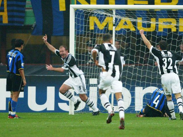 Shearer celebrates scoring first