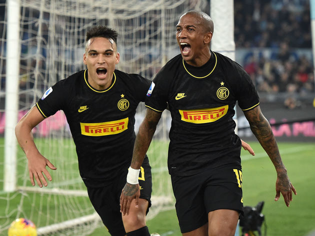 Ashley Young,Lautaro Martinez