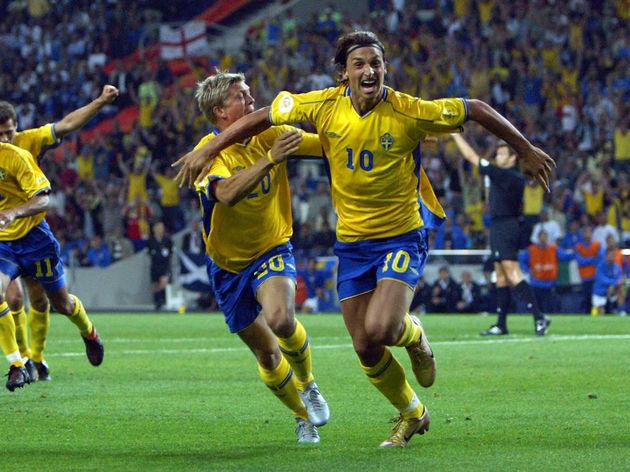 Sweden's striker Zlatan Ibrahimovic (2nd