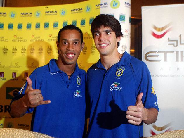 Top Brazilian palyers Ronaldinho (L) and
