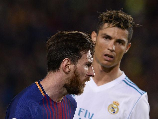 TOPSHOT-FBL-ESP-LIGA-BARCELONA-REAL MADRID
