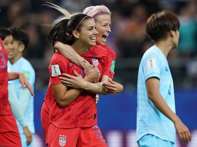 TOPSHOT-FBL-WC-2019-WOMEN-MATCH11-USA-THA