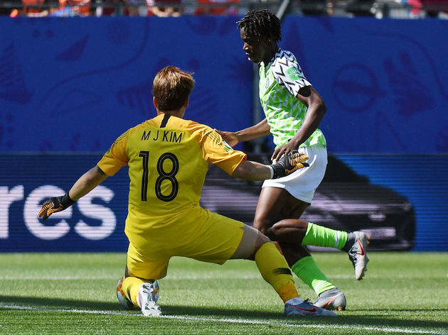 TOPSHOT-FBL-WC-2019-WOMEN-MATCH14-NGR-KOR
