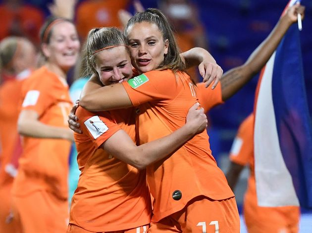 TOPSHOT-FBL-WC-2019-WOMEN-MATCH50-NED-SWE