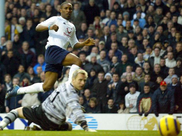 Tottenham Hotspurs Jermain Defoe vies wi