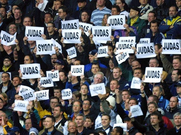 Tottenham Spurs supporters shout abuse at former S