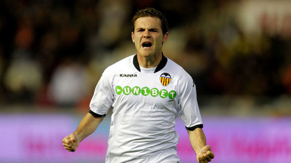 Valencia Eye Emotional Juan Mata Reunion as Man Utd Star Enters Final Year of Contract