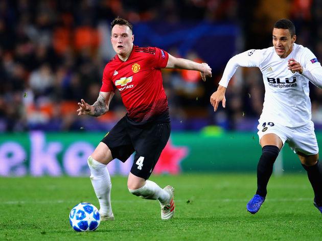 Valencia v Manchester United - UEFA Champions League Group H