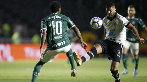 Oswaldo Henriquez,Luiz Adriano
