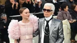 La muerte del mítico diseñador Karl Lagerfeld este martes dejó un profundo vacío y dolor en el mundo de la moda. Y las celebridades que tuvieron la...