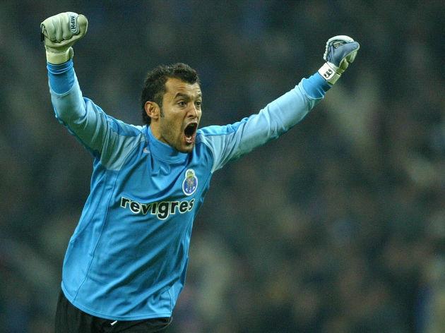 FC Porto goalkeeper Nuno Santo celebrate